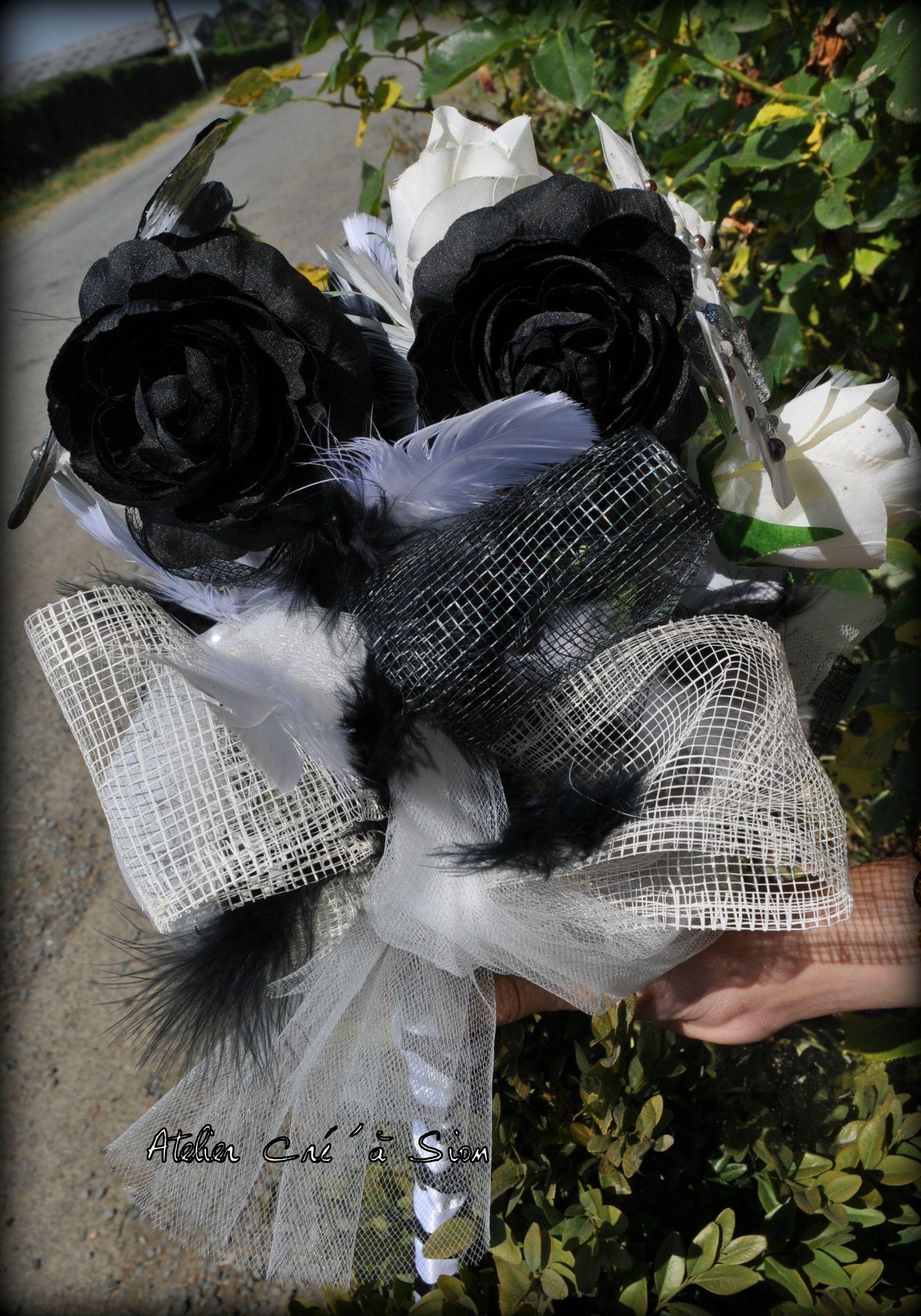 commande bouquet de mari e th me noir blanc et papillons atelier cr 39 sion l 39 univers du. Black Bedroom Furniture Sets. Home Design Ideas