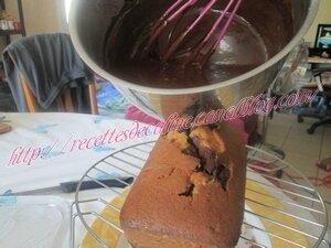 Gateau marbré aux bonbons cola54