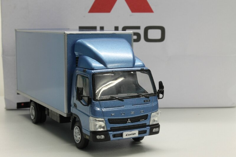 Fuso Canter 7C18 (3)