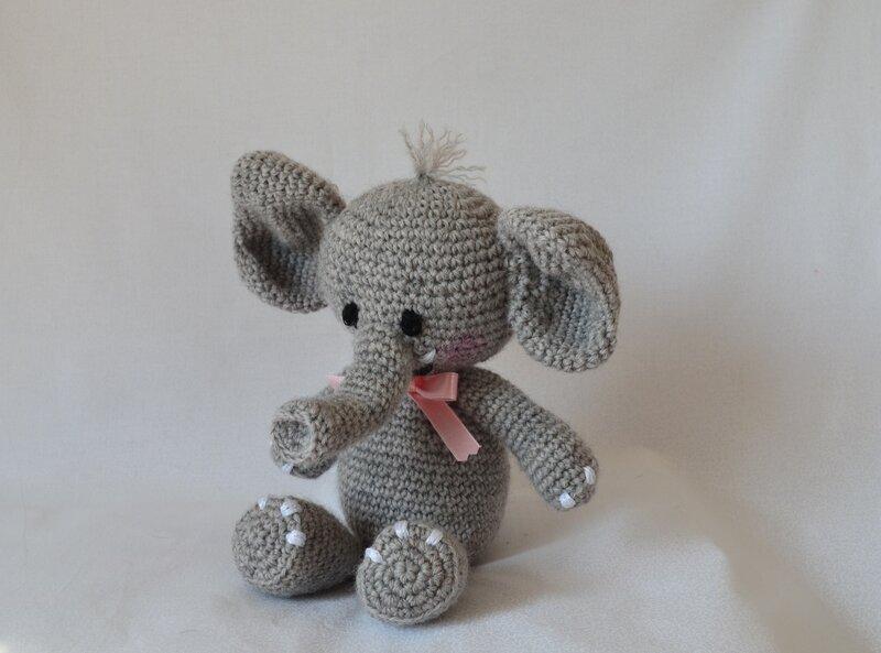 Elephant_au_crochet__agurigami__La_chouette__bricole