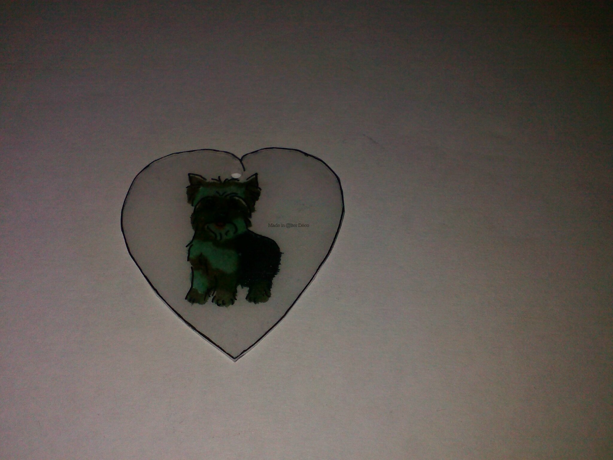 Coeur chien en plastique dingue