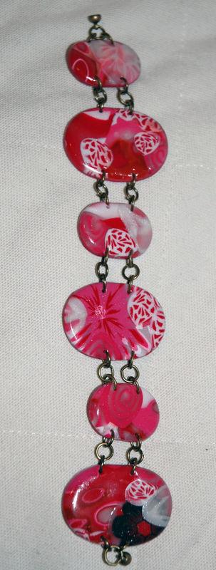 Red_and_Pink_Bracelet _en _pâte_fimo