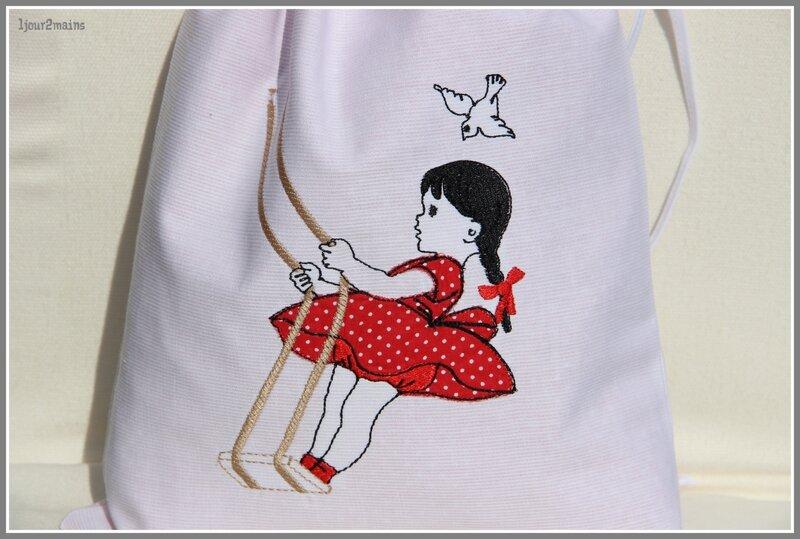 sac fillette balancoire2