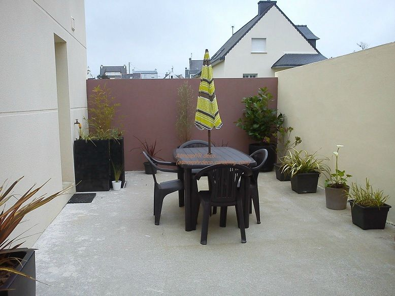 Colorer un muret de terrasse atmosph 39 r d co for Decoration mur de terrasse