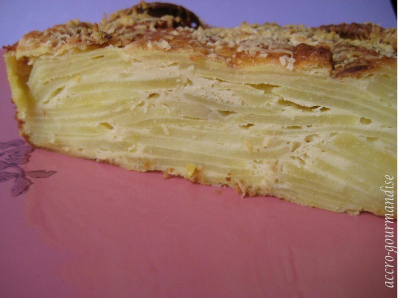 gâteau invisible de pommes de terre : recette plume - accrogourmandise