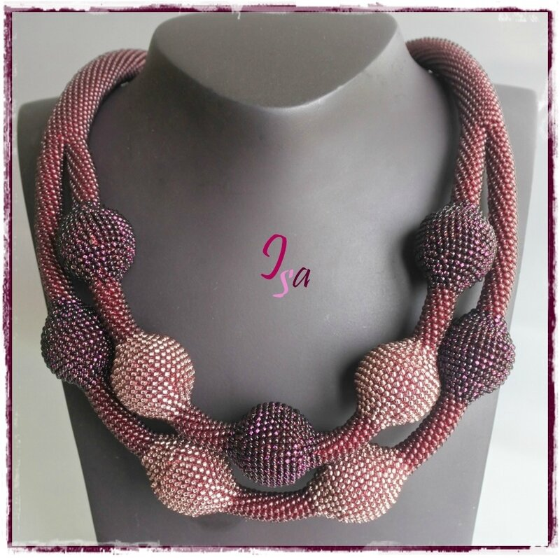 Collier MS 'Ecumes 9' prune