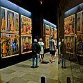 Exposition sous la nef de l'abbaye Saint-Germain des Prés.