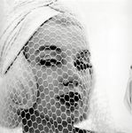 1962_07_10_by_bert_stern_white_veil_wb_0010_01
