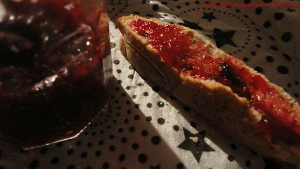 Confiture de cranberries au sirop d'érable (12)