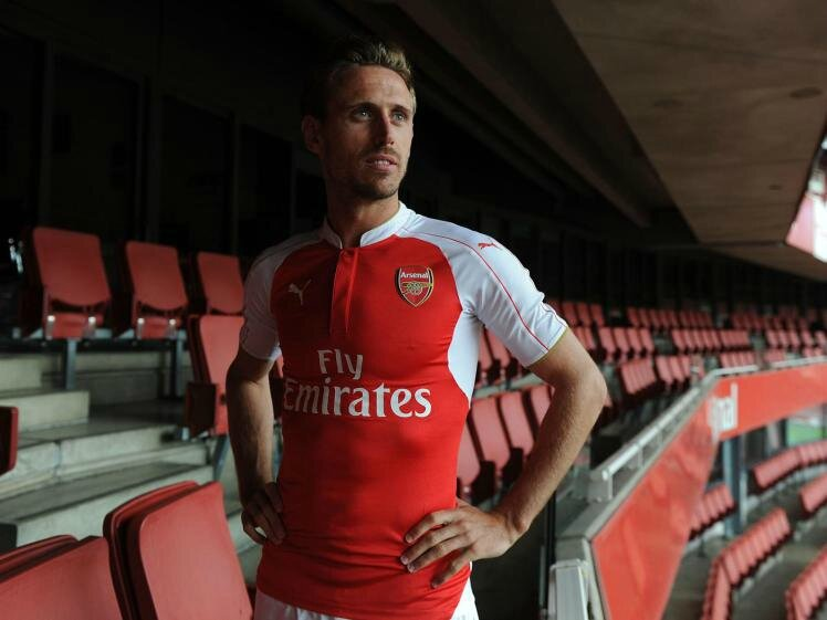 arsenal-home-kit-launch-for-season-201516