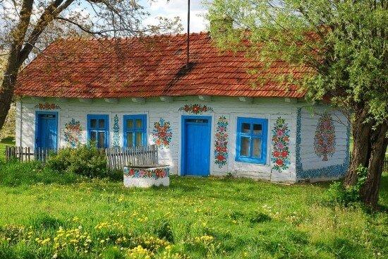 zalipie-charmant-village-peint-de-pologne-3