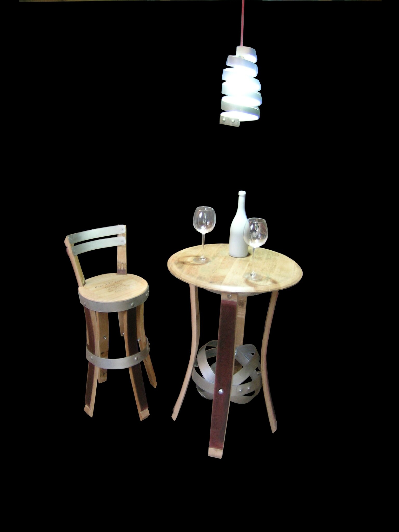 table de cave a vins table bistro table haute cellar table douelledereve. Black Bedroom Furniture Sets. Home Design Ideas