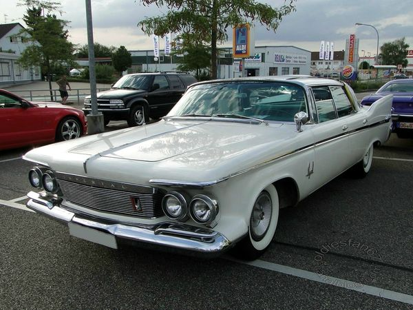 imperial crown southampton hardtop sedan 1961 3