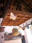 舊廚房天花實用吊飾