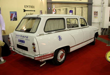 Panhard_PL17_break_ambulance__23_me_Salon_Champenois_du_v_hicule_de_collection__03