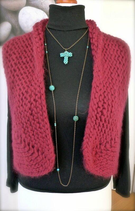 Sautoire de Turquoise et collier pendentif croix en turquoise véritable