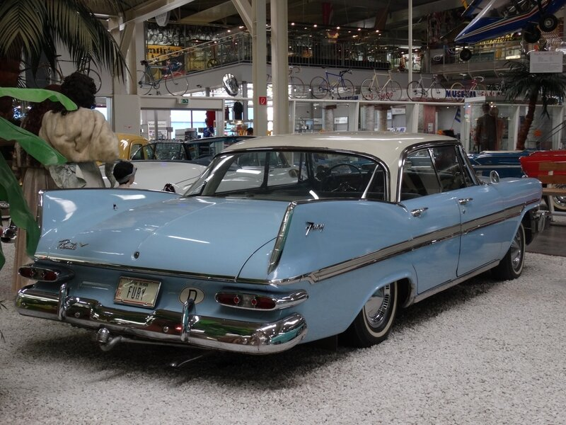 PLYMOUTH Fury 4door hardtop 1959 Sinsheim (2)