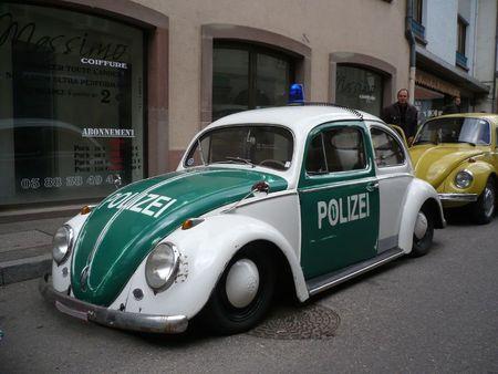 VOLKSWAGEN Coccinelle ovale Polizei Molsheim(1)