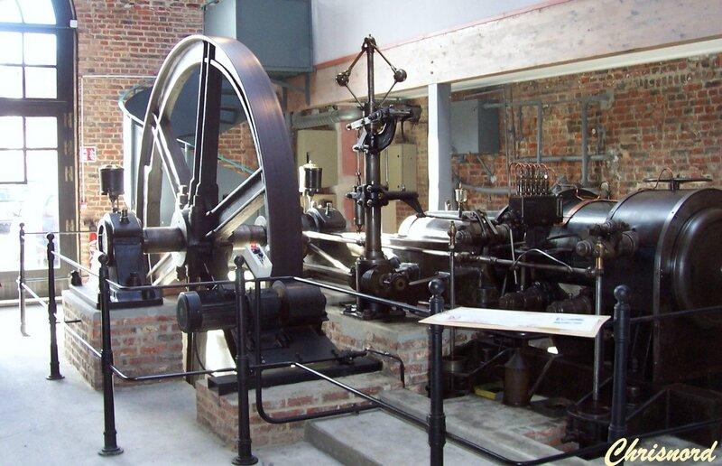 FOURMIES-Machine à vapeur