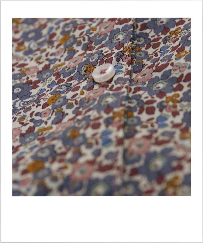 Blouse en liberty Betsy Ann Gris Mauve - Bouton nacre blanc