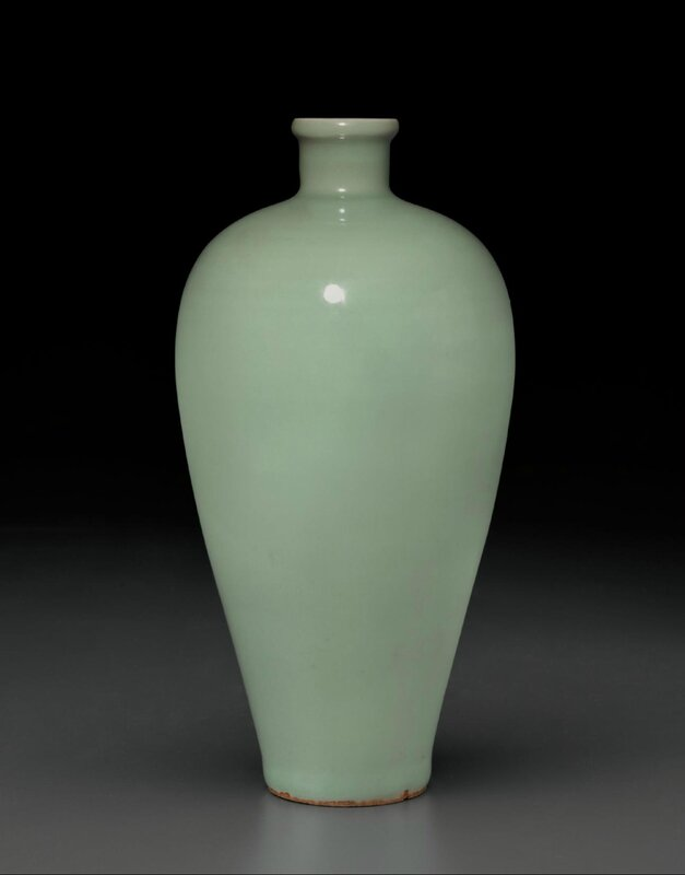 A rare Longquan celadon 'kinuta' meiping, Southern Song-Yuan dynasty, 12th-13th century