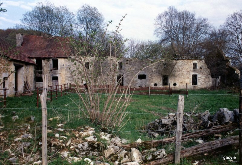 A5 Remonvaux ruines abbaye 1985 (2)