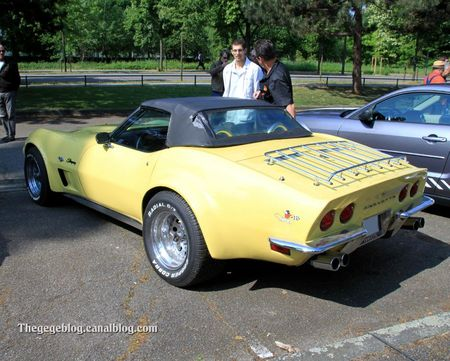 Chevrolet corvette stingray convertible (Retrorencard mai 2011) 02