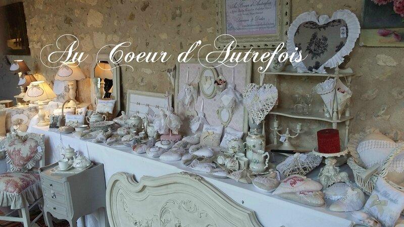 Stand Au Coeur d'Autrefois au Cloître de Chalais (16) S