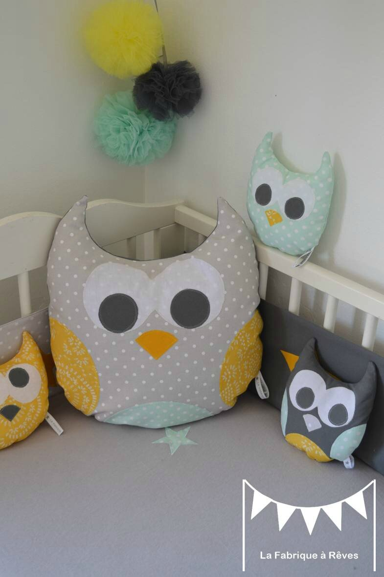 coussin hibou chouette toiles jaune gris vert amande vert. Black Bedroom Furniture Sets. Home Design Ideas