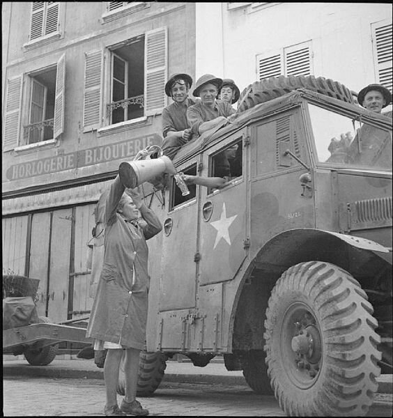 564px-The_British_Army_in_North-west_Europe_1944-45_BU203