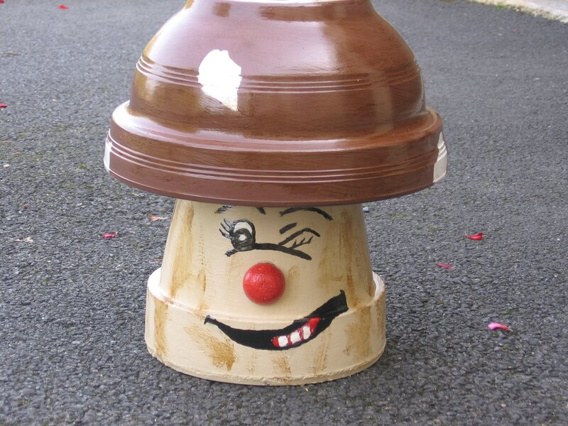 roguidine personnages en pots de terre cuite roguidine. Black Bedroom Furniture Sets. Home Design Ideas