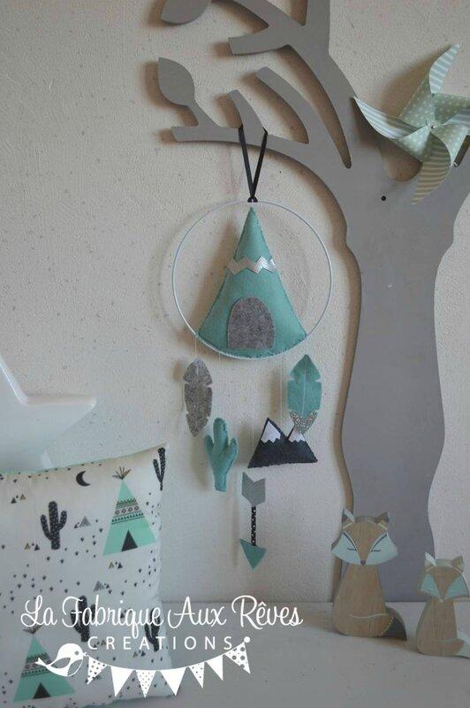 mobile éveil bébé suspension tipi plume montagne cactus flèche menthe mint vert eau gris argent
