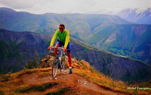 1176) vélo vers le col de Sarenne (Isère)