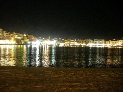 Hania by night