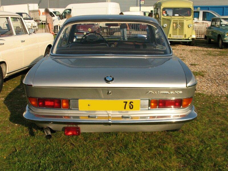 BMW2000Car