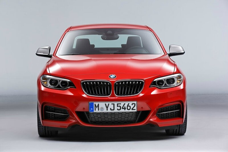 bmw-m235i-vs-bmw-2002-turbo-a-quick-comparison-photo-gallery_2
