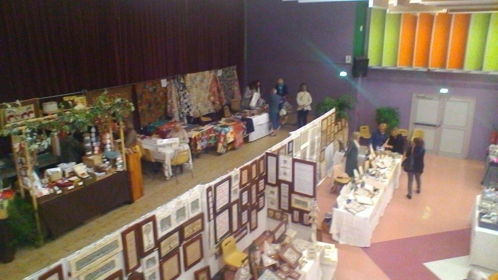 Salon art du fil de la valette le boutis de mam 83 for Le geant du meuble la valette