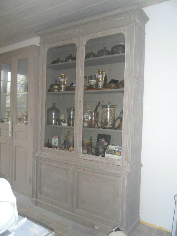 meuble 2 corps vitrine louis xvi peint et patin tons. Black Bedroom Furniture Sets. Home Design Ideas