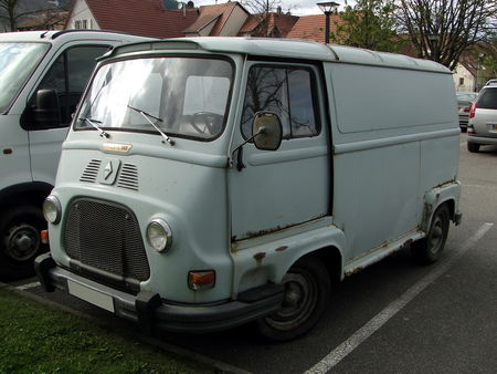 RENAULT Estafette 800 1959 1972 Bourse Echanges Autos Motos de Chatenois 2010 1
