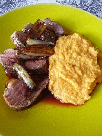 magrets_de_canard_sauce_caf__pur_e_de_patates_douces_003