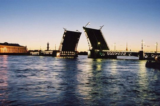 pont st petersbourg / St Petersburg Bridge in summer