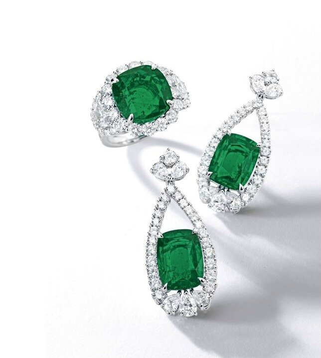 Fine Emerald and Diamond Ring & Fine Pair of Emerald and Diamond Pendent Earrings