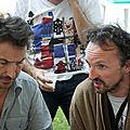 Jénorme en peignoir et Edouard Baer à Satiradax 2012 (40)