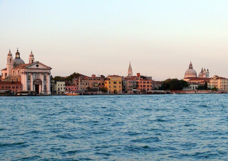 13 09 13 (Venise -z -Accademia)003