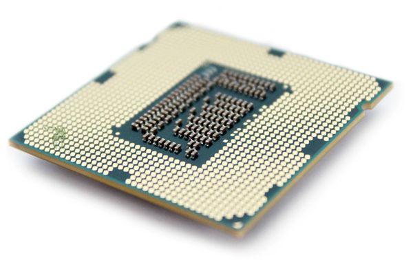 circuit_intégré_loi_de_moore_tungstene_or_interface