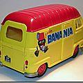 Renault Estafette Banania 04 Norev