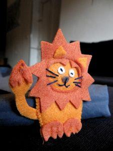 20111219_marionnette_doigt_lion
