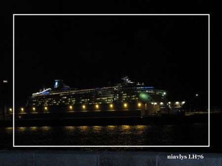 Independance_of_the_seas_2_
