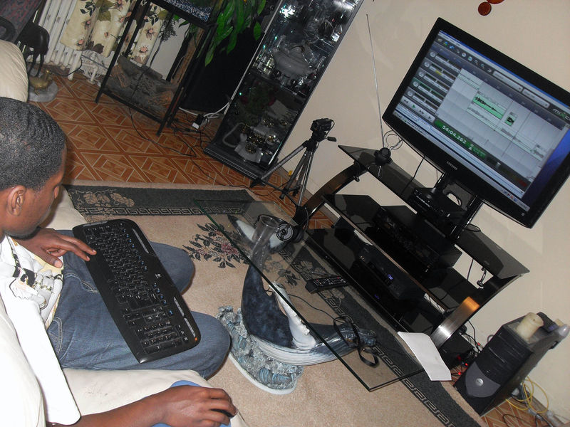 P_Air_mix_la_chanson_ELONGA_WINNER_chez_JP_BUSE_Avril_2009