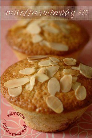 Muffins_coeur_de_compot_e_de_cerises__fleurs_et_miel_d_acacia_1